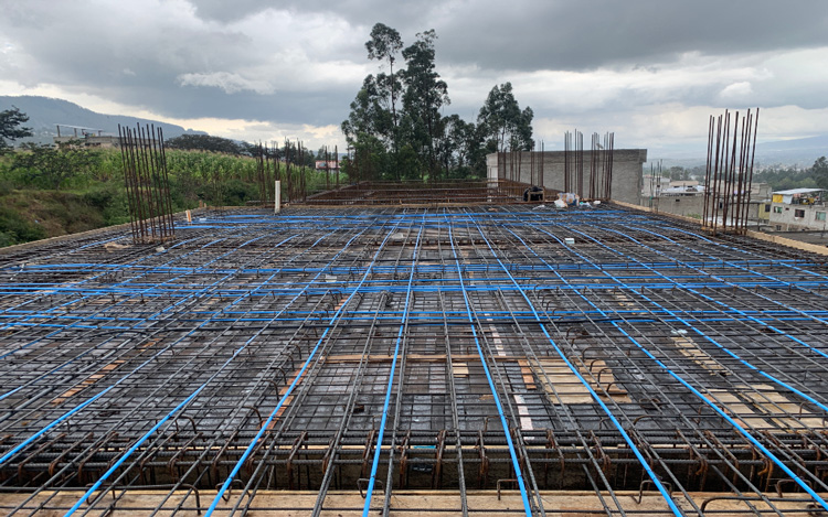 Tipos de losas de concreto armado, losas y losas de maniobras, mantenimiento de reservorios, construcción de cámaras de aire, construcción de la estructura de acero para cámaras